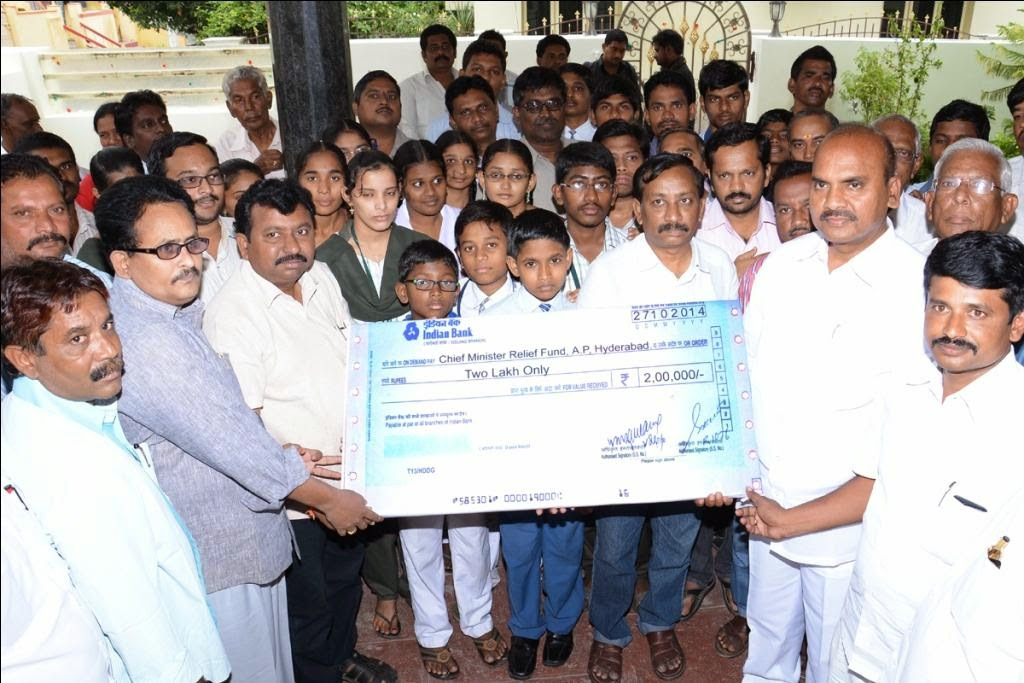 Two Lakh Only Cheque
